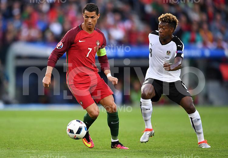 FUSSBALL EURO 2016 GRUPPE F IN PARIS Portugal - Oesterreich      18.06.2016 Cristiano Ronaldo (li, Portugal) gegen David Alaba (re, Oesterreich)