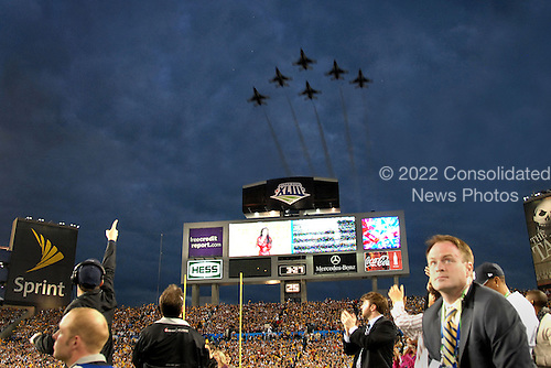 Tampa, FL - February 1, 2009 -- The United States Air Force Thunderbirds perform a flyover during the National Anthem during Super Bowl XLIII, Sunday, February 1, 2009 at Raymond James Stadium in Tampa Florida. .Credit: Bradley Lail - USAF via CNP