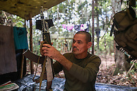 EL DIAMANTE -LLANOS DEL YARI-COLOMBIA , 21-09-2016. Aspectos generales de la Decima Conferencia de las FARC y de la vida cotidiana  de los guerrilleros en los campamentos  . / FARC members attending the Tenth Conference of the FARC  Photo:VizzorImage / Iván Valencia  / Contribuidor