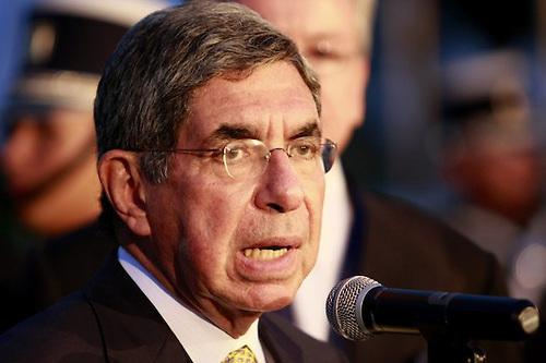 Oscar Arias dice a Martelly  reorganizar las FF.AA. de Haití sería equivocación