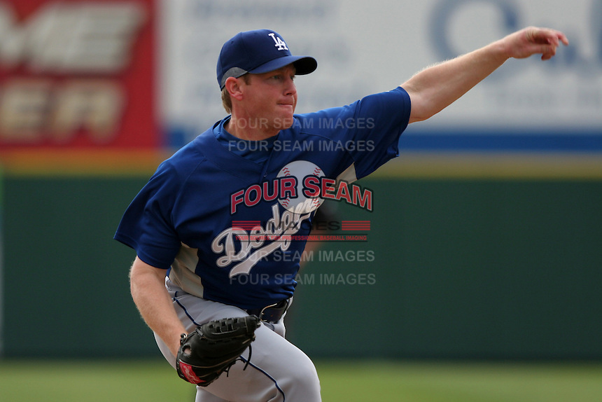 Los Angeles Dodgers Randy Wolf during a Grapefruit League Spring Training game at Spacecoast Stadium on March 19, 2007 in Melbourne, Florida.  (Mike Janes/Four Seam Images)