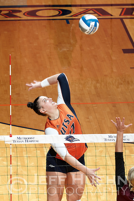 SAN ANTONIO, TX - SEPTEMBER 15, 2016: The University of Texas at San Antonio Roadrunners defeat the Texas State University Bobcats 3-1 (22-25, 25-12, 25-20, 25-20) at the UTSA Convocation Center. (Photo by Jeff Huehn)