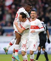 FUSSBALL   1. BUNDESLIGA  SAISON 2012/2013   9. Spieltag   VfB Stuttgart - Eintracht Frankfurt      28.10.2012 JUEBL Stuttgart; Ibrahima Traore umarmt den Torschuetzen zum 1-0 Christian Gentner und Vedad Ibisevic (v.li.)