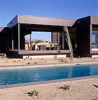 Leo Marmol - California