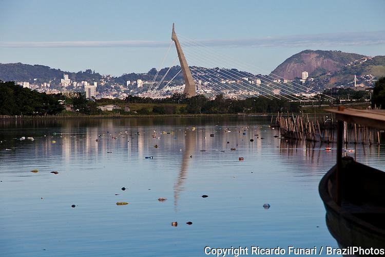 Guanabara-Bay-pollution-12rf00063.jpg