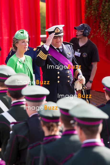 La princesse Claire de Belgique le prince Laurentl de Belgique assistent au d&eacute;fil&eacute; militaire, &agrave; l'occasion de la f&ecirc;te Nationale belge.<br /> Belgique, Bruxelles, 21 juillet 2015.<br /> Princess Claire of Belgium and Prince Laurent of Belgium attend the military parade on today's Belgian National Day.<br /> Belgium, Brussels, 21 July 2015.