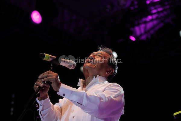 "Armando Manzanero performs during the ""Mexicanos Cantan"" concert at Alonzo Vidal Plaza during Pitic 2012 in Hermosillo. Sonora Mexico. May 28, 2012.  Credit: Baldemar de los Llanos/NortePhoto/MediaPunch Inc. ***NO MEXICO*** ***NO SPAIN***"