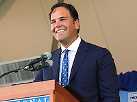 NEW YORK, NY - July 24: Mike Piazza is inducted into the Baseball Hall of Fame on July 24, 2016 in Cooperstown, New York. Photo Credit:John Palmer/ Media Punch