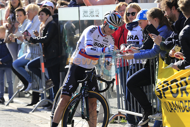 Juraj Sagan (SVK) Bora-Hansgrohe at sign on for Gent-Wevelgem in Flanders Fields 2017, running 249km from Denieze to Wevelgem, Flanders, Belgium. 26th March 2017.<br /> Picture: Eoin Clarke | Cyclefile<br /> <br /> <br /> All photos usage must carry mandatory copyright credit (&copy; Cyclefile | Eoin Clarke)