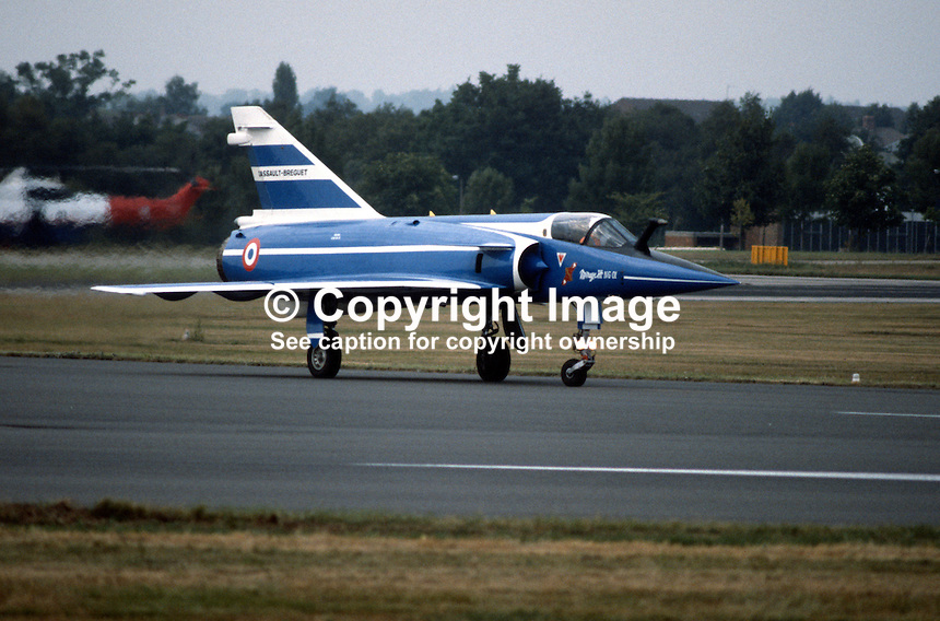 Dassault-Breguet Mirage 111 landing during Farnborough International Air Show, UK, September, 1984, 19840116c..Copyright Image from Victor Patterson, 54 Dorchester Park, Belfast, UK, BT9 6RJ..Tel: +44 28 9066 1296.Mob: +44 7802 353836.Voicemail +44 20 8816 7153.Skype: victorpattersonbelfast.Email: victorpatterson@me.com.Email: victorpatterson@ireland.com (back-up)..IMPORTANT: If you wish to use this image or any other of my images please go to www.victorpatterson.com and click on the Terms & Conditions. Then contact me by email or phone with the reference number(s) of the image(s) concerned.