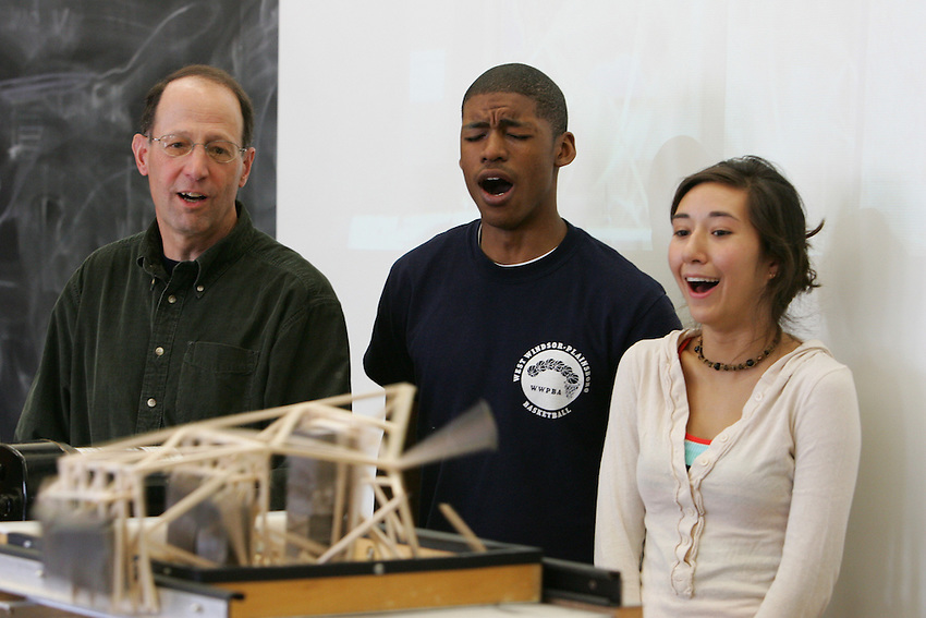Professor  Lawrence Malinconico's Geology 120 - Geological Disasters. class.  The assignment for the last 3 weeks has been to build an earthquake-resistant building In these photos they test out their building against a recreated earthquake machine..4101.classroom.geology.demonstration .