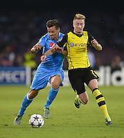 FUSSBALL   CHAMPIONS LEAGUE   SAISON 2013/2014   Vorrunde SSC Neapel - Borussia Dortmund      18.09.2013 Marco Reus (re, Borussia Dortmund) gegen Christian Maggio (SSC Neapel)