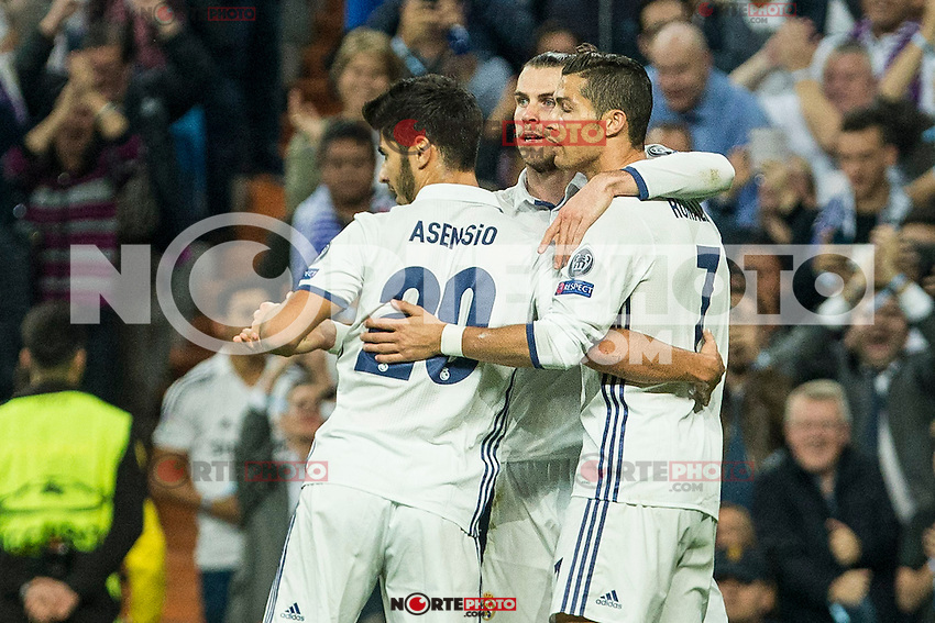 Real Madrid's Garet Bale Real Madrid's Cristiano Ronaldo Real Madrid's Marco Asensio during the match of UEFA Champions League group stage between Real Madrid and Legia de Varsovia at Santiago Bernabeu Stadium in Madrid, Spain. October 18, 2016. (ALTERPHOTOS/Rodrigo Jimenez) /NORTEPHOTO.COM