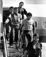 The Jackson five land in Oakland (1981 photo by Ron Riesterer)
