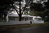 1996 September ..Conservation.Lamberts Point....3801 Elkhorn Avenue AFTER...NEG#.NRHA#..