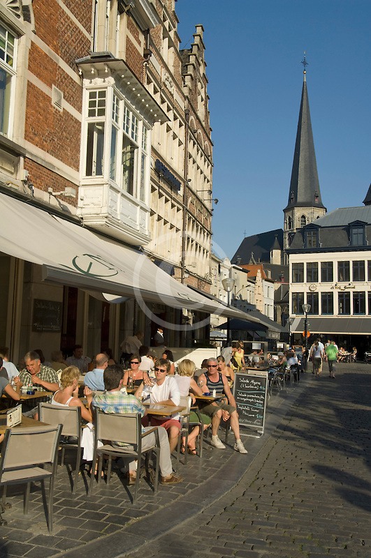 Belgium, Ghent, Street scene and cafe