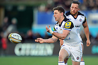 Rhys Priestland of Bath Rugby passes the ball. Aviva Premiership match, between Saracens and Bath Rugby on January 30, 2016 at Allianz Park in London, England. Photo by: Patrick Khachfe / Onside Images