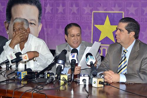 Reinaldo todavía culpa a Balaguer y a Hipólito por problemas de la economía