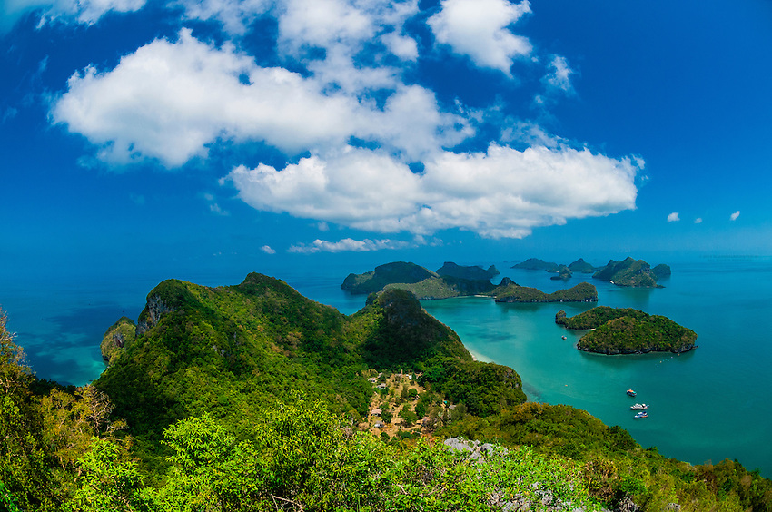 Overview from Ko Wua Talap, one of the islands in the Angthong National Marin...