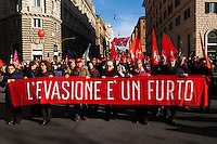 Roma 27 Novembre 2010.Manifestazione nazionale della CGIL contro la crisi economica e il governo Berlusconi..Rome 16 November 2010.National demonstration of CGIL  against the economic crisis and the Berlusconi government..