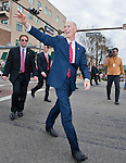 Florida Governor Rick Scott waves during the inaugural parade honoring Rick Scott who was sworn in as Florida's 45th governor at the Florida Capitol in Tallahassee, Florida January 4, 2011.  .