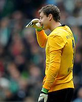 FUSSBALL   1. BUNDESLIGA  SAISON 2012/2013   6. Spieltag   SV Werder Bremen - FC Bayern Muenchen          29.09.2012 Sebastian Mielitz (SV Werder Bremen) enttaeuscht