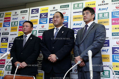 (L-R)  /Ryuji Sonoda,  Hitoshi Saito, Kosei Inoue, NOVEMBER 5, 2012 - Judo : New signing Kosei Inoue of men's Judo Japan national team head coach during the press conference at Kodokan, Tokyo, Japan. (Photo by AFLO SPORT) [1156]
