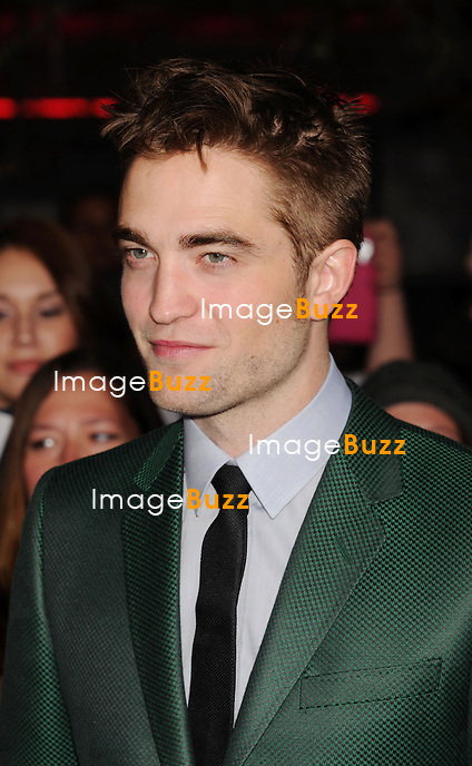LOS ANGELES, CA - NOVEMBER 12: Robert Pattinson  arrives at 'The Twilight Saga: Breaking Dawn - Part 2' Los Angeles premiere at Nokia Theatre L.A. Live on November 12, 2012 in Los Angeles.