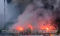 Fussball 1. Bundesliga :  Saison   2012/2013   9. Spieltag  27.10.2012 SpVgg Greuther Fuerth - SV Werder Bremen  Werder Ultras Fankurve mit Bengalischen Feuer