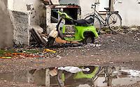 Roma 22  Febbraio 2010.Idroscalo di Ostia,una vespa abbandonata