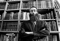 Milano: comunita' LUBAVITCH, il rabbino SHLOMO BEKHOR capo della comunita' nel suo studio.Milan: LUBAVITCH community, Rabbi SHLOMO BEKHOR head of the community in his office...