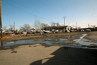 1992 January..Conservation.MidTown Industrial..BUSINESS EXISTING CONDITIONS.ACKS JUNKYARD.LOOKING EAST ON 22ND STREET...NEG#.NRHA#..