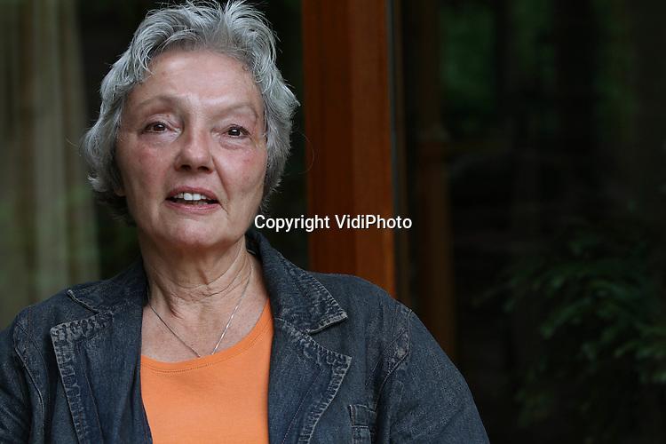 Foto: VidiPhoto..OOSTERHOUT - Portret van antropologe Corrie de Wit uit het Gelderse Oosterhout.