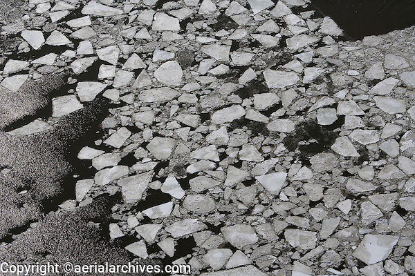 aerial photograph ice on the Hudson River, New York, New Jersey