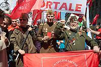 Milano, 25 Aprile 2016, manifestazione per la festa della Liberazione dal nazifascismo. Manifestanti con divise e simboli dell'Armata Rossa Sovietica.<br /> Milan, April 25, 2016, demonstration for the Liberation Day. Protesters with uniforms and symbols of the Soviet Red Army.