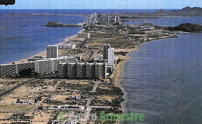 DESTRUCCION A TODA COSTA 2010 (DTC2010) La Manga del Mar Menor, Murcia. Aprox 1975. © Colección personal Pedro Armestre