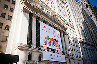 "The New York Stock Exchange is decorated for the first day of trading of Yum China Holdings after its separation from Yum Brands. Yum China has exclusive rights to KFC, Pizza Hut and Taco bell in China. The company will trade under the symbol ""YUMC"".  (© Richard B. Levine)"