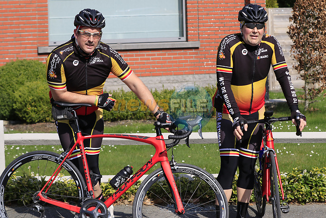 Belgian fans wait on the climb of La Houpe for the riders during the 60th edition of the Record Bank E3 Harelbeke 2017, Flanders, Belgium. 24th March 2017.<br /> Picture: Eoin Clarke | Cyclefile<br /> <br /> <br /> All photos usage must carry mandatory copyright credit (&copy; Cyclefile | Eoin Clarke)