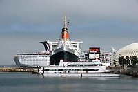 RMS Queen Mary, Cruise ship, Hotel, Carnaval Cruise Line,  Long Beach, CA, Catalina Cruise Ships High dynamic range imaging (HDRI or HDR)