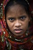Dhaka 13-16 May 2013 Bangladesh<br /><br />(Photo by Filip Cwik / Napo Images)<br /><br />Dhaka 13-16 maj 2013 Bangladesz<br />Rahena Sarkar 18 lat pochodzi z Savar przedmiescia Dhaki. Pracowala i ocalala z katastrofy fabryki w Rana Plaza <br />(fot. Filip Cwik / Napo Images)