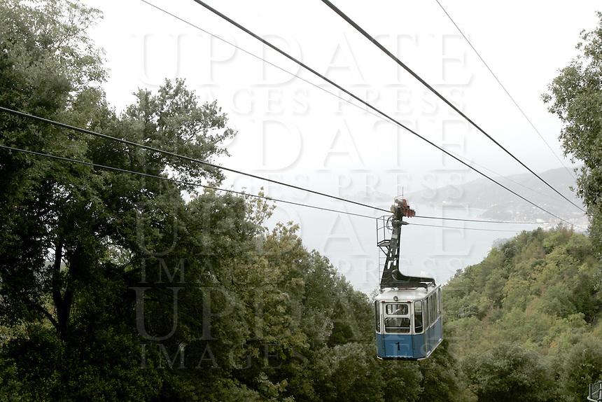 La funivia che collega Rapallo al Santuario di Montallegro<br /> The cable car connecting Rapallo to the sanctuary of Montallegro.<br /> UPDATE IMAGES PRESS/Riccardo De Luca