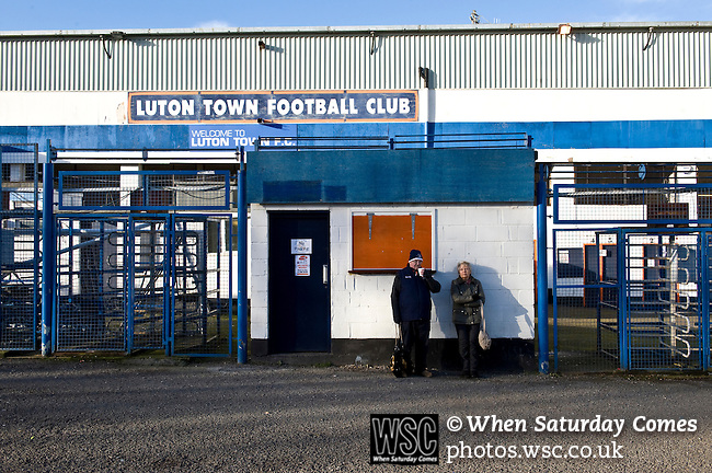 Luton Town 6 Kidderminster Harriers 0, 28/12/2013. Kenilworth Road, Football Conference. Fans outside Luton's old stadium with hope that this will be their year to return to the Football League.  Photo by Simon Gill.