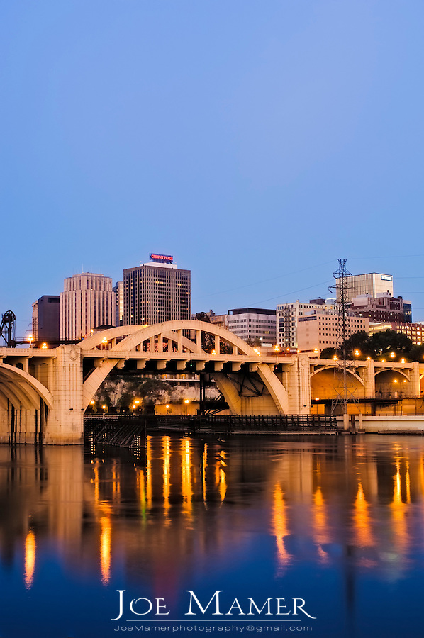 Roberts Street bridge and St. Paul, Minnesota  skyline at dawn as viewed across the Mississippi River
