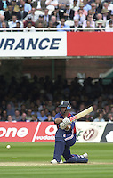 .29/06/2002.Sport - Cricket - .NatWest triangler Series England - Sri Lanka - India.England vs india 50 overs.  Lord's ground.England batting -  Nasser Hussian lines up for the  reverse sweep.
