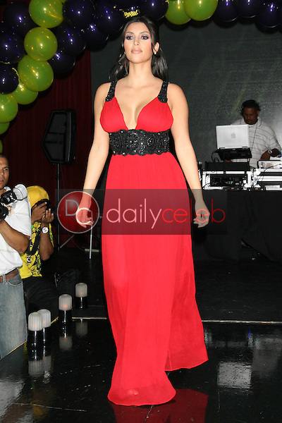 Kim Kardashian<br />at Celebrity Catwalk for Charity. The Highlands Nightclub, Hollywood, CA. 08-16-07<br />Dave Edwards/DailyCeleb.com 818-249-4998