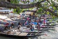 Princep Ghat, Kolkata, West Bengal (India) fishing boats,