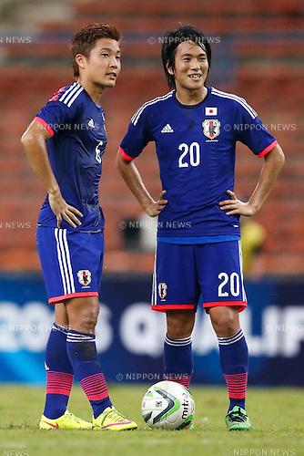 (L-R) Ryosuke Yamanaka, Shinya Yajima (JPN), MARCH 29, 2015 - Football / Soccer : AFC U-23 Championship 2016 Qualification Group I match between U-22 Japan 2-0 U-22 Vietnam at Shah Alam Stadium in Shah Alam, Malaysia. (Photo by Sho Tamura/AFLO SPORT)