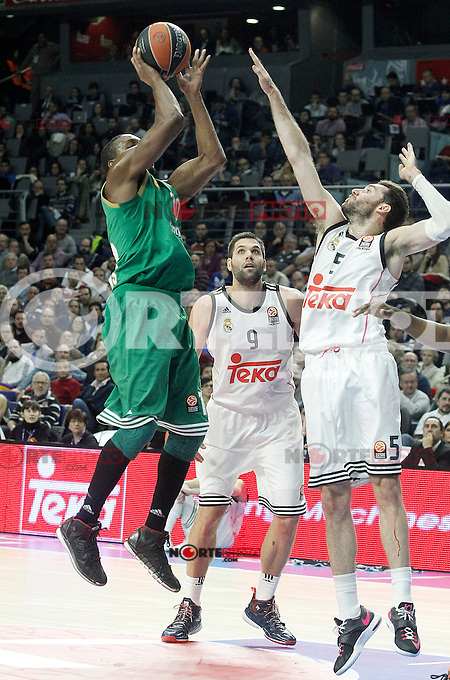 Real Madrid's Rudy Fernandez (r) and Panathinaikos Athens' DeMarcus Nelson during Euroleague match.January 22,2015. (ALTERPHOTOS/Acero) /NortePhoto<br /> NortePhoto.com