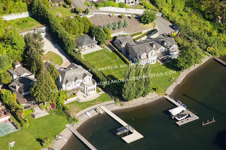 aerial photo of luxury waterfront homes on Medina's Evergeen Point