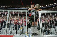 FUSSBALL   CHAMPIONS LEAGUE   SAISON 2011/2012     27.09.2011 FC Bayern Muenchen - Manchester City FC Bayern Fan in Tracht und  mit Kuhglocke in der  Allianz-Arena Muenchen
